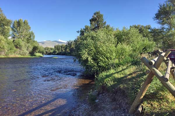 Salmonfly Boat Launch in Melrose Montana