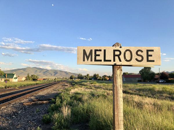 Melrose Montana Sign Train