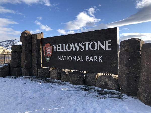 Yellowstone Christmas - Yellowstone National Park Gardiner