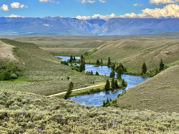 Green River and the Wind River Mountain Range