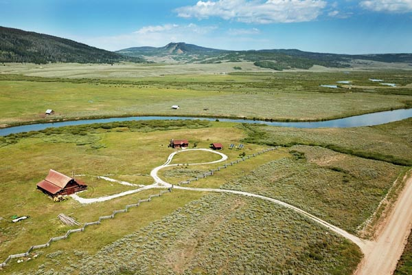 Gros Ventre Lodge Site Near Green River Lakes Road